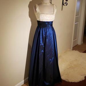 Niki ORIGINALS DRESS 👗